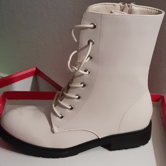 Shoe Dazzle Shoes - New combat zipper  boots